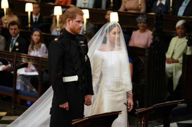 Какие свадебные платья выбирают знаменитости