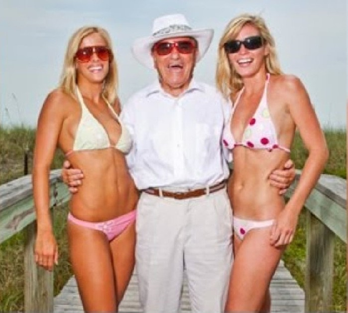 Что лучше для пожилых мужчин— чаще или реже? Китайский метод лечения импотенции