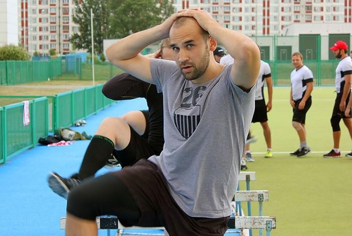Российский хоккеист Сергей Огородников разбился насмерть