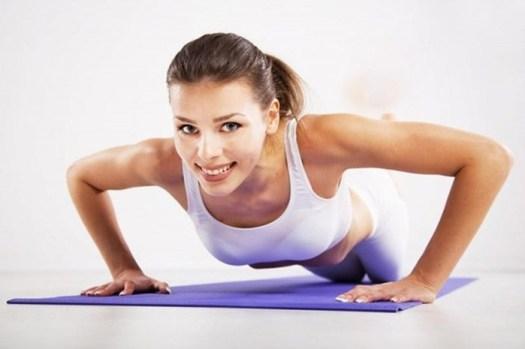 Как увеличить грудь в домашних условиях: 4 простых способа