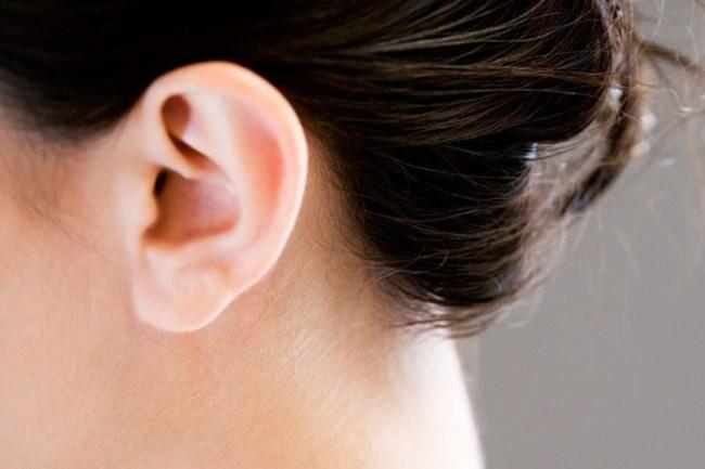 10 самых отвратительных вещей, найденных в ушах пациентов