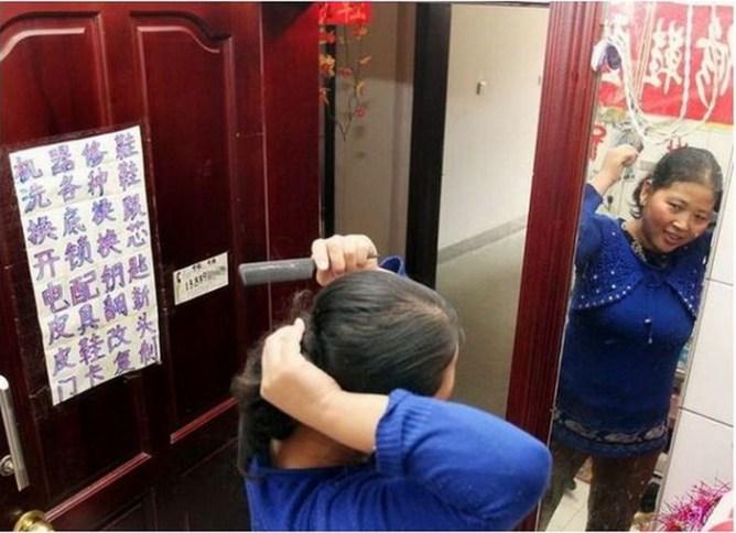 Пара молодоженов из Шэньяна вынуждены жить в туалете отеля