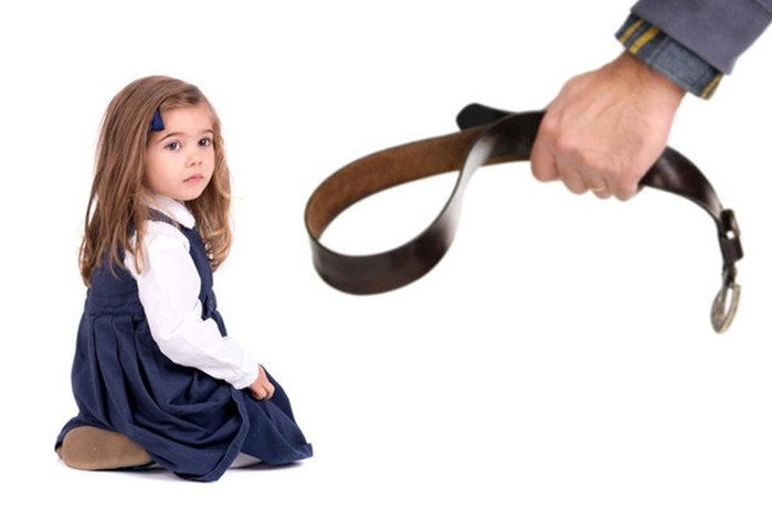 Ничего себе! 7 летняя девочка получила голливудский бюст