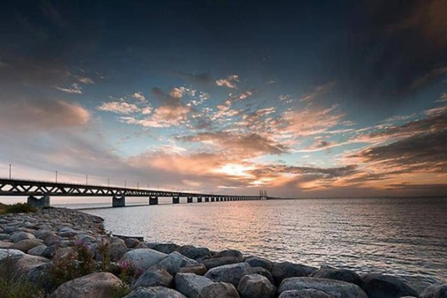 Самые необычные мосты в разных странах— фотографии