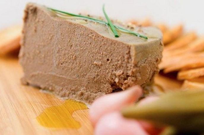 Что можно сделать с паштетом из говяжьей печени