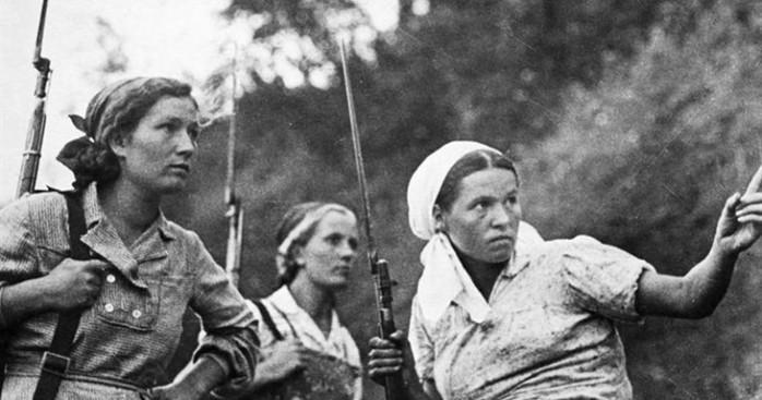 Как на Руси отличали девицу от замужней женщины