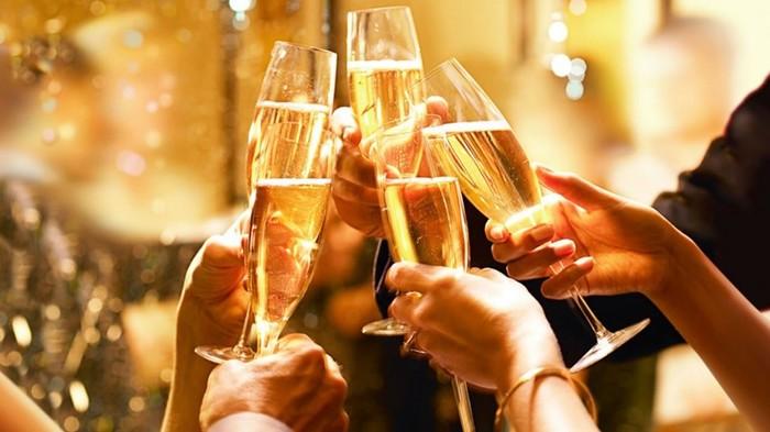 5 прикольных фактов о шампанском