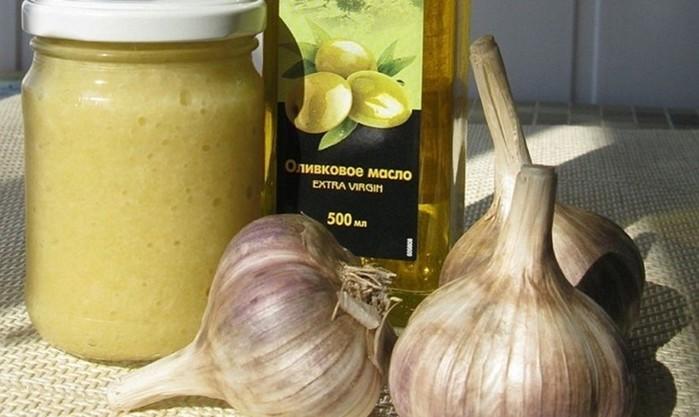 Уникальный рецепт восстановления суставов из чеснока и растительного масла!