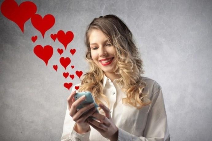 Как влюбить в себя парня по переписке: 10 советов