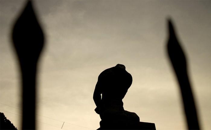 Пугающее творчество: самые страшные статуи мира