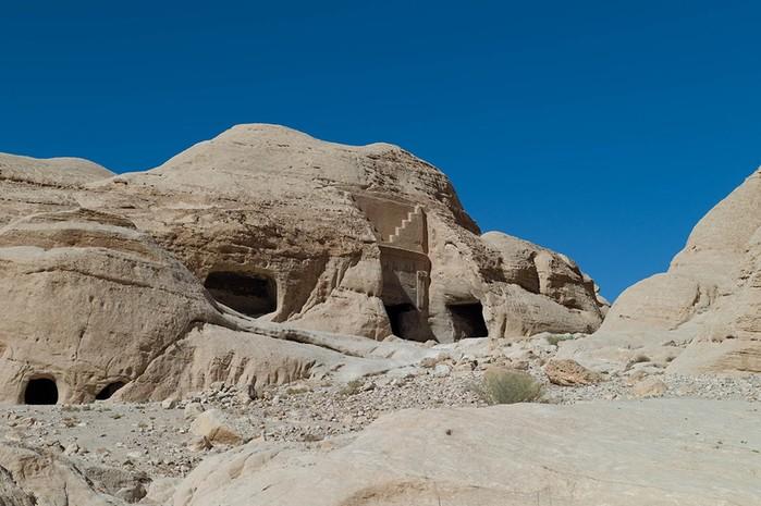 Древняя Петра: история, застывшая в камне