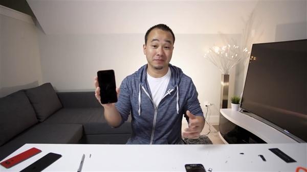 网友自制iPhone 7 Plus红黑版:漂亮!