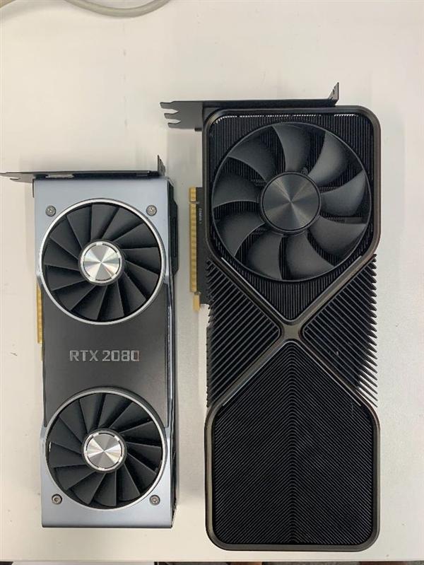 外媒曝NV公版RTX 3090外形:正反双风扇设计、比RTX 2080大一圈