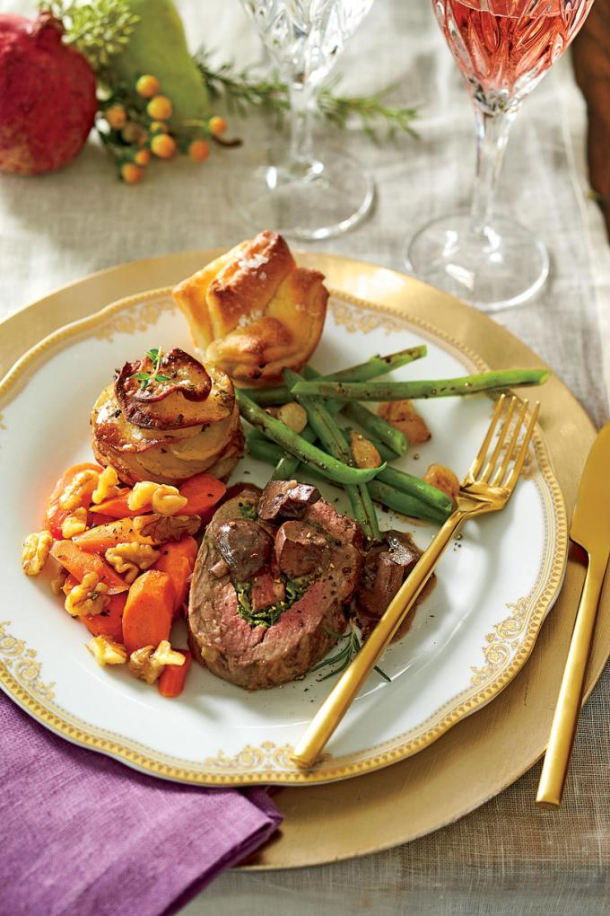 christmas dinner menus perfect for your party southern living - Southern Christmas Dinner Menu Ideas