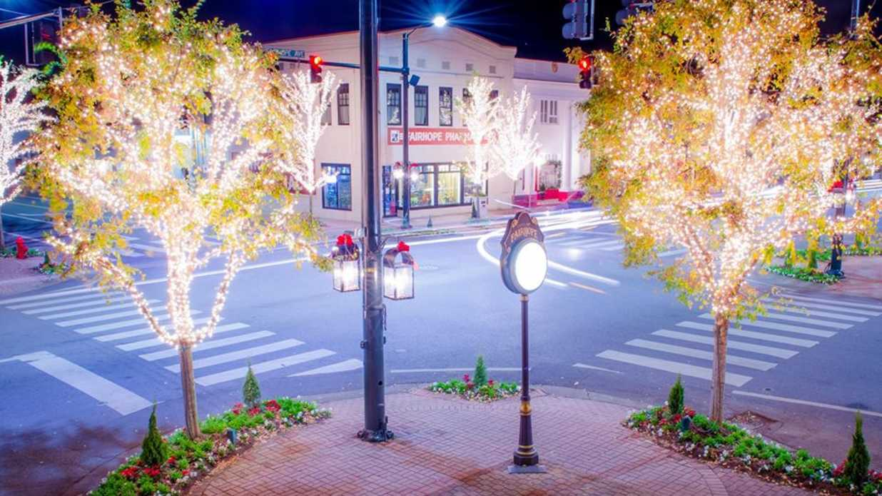 Visit Fairhope Alabama This Christmas Southern Living