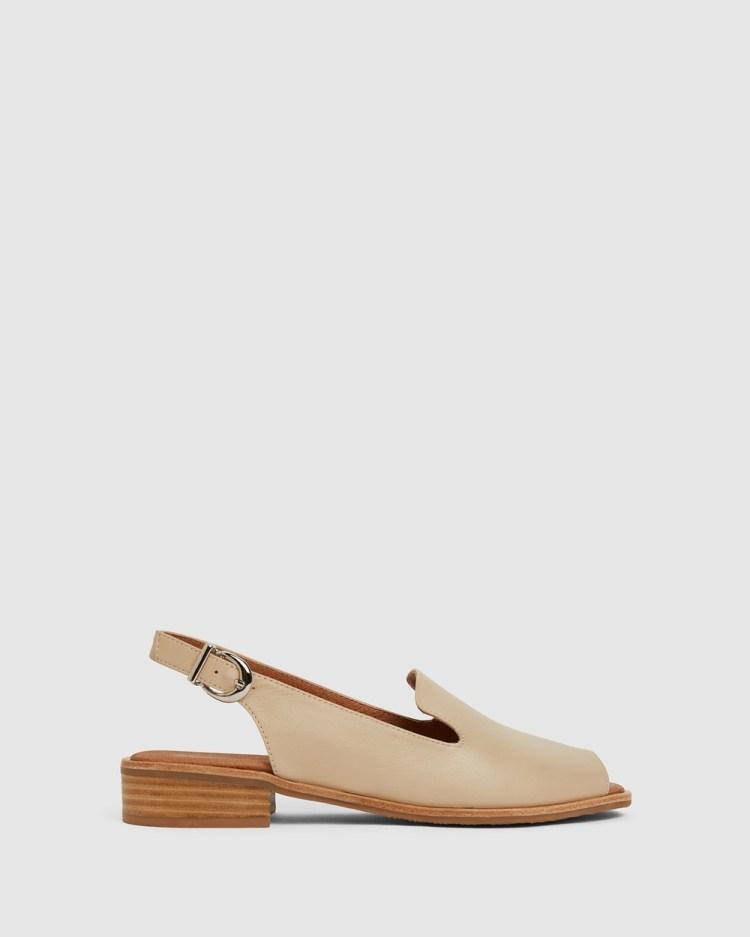 Easy Steps Delaney Sandals Neutral