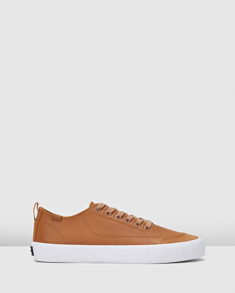Volley Deuce Leather Low Top Sneakers Tan Leather