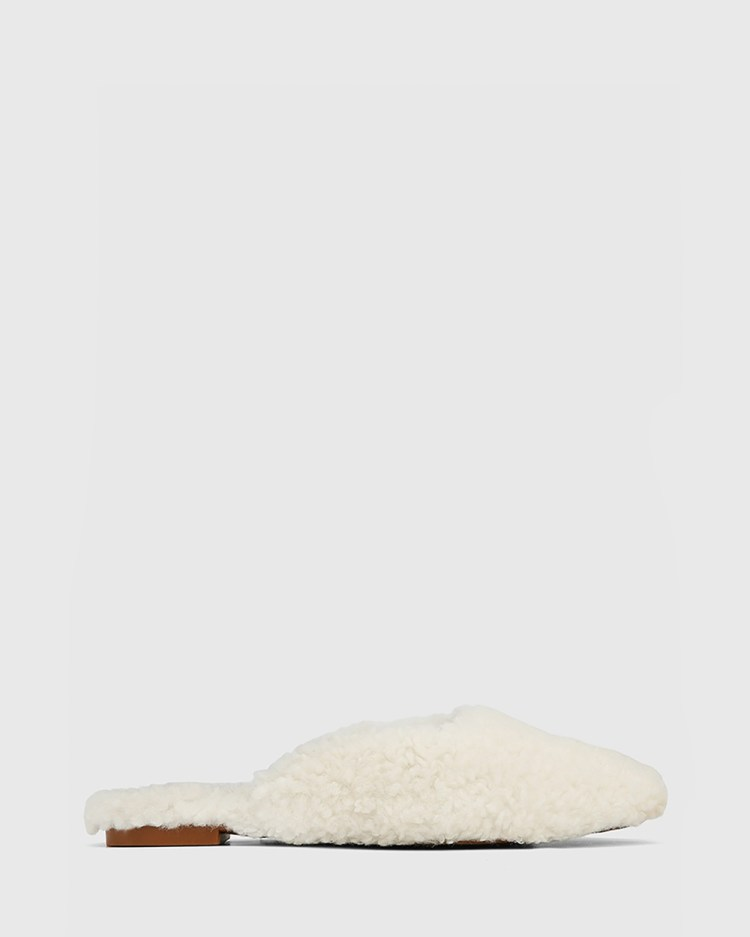 Wittner Eclectic Faux Sherling Mules Heels Cream