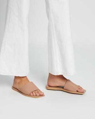 Steve Madden Nixi Sandals Nude