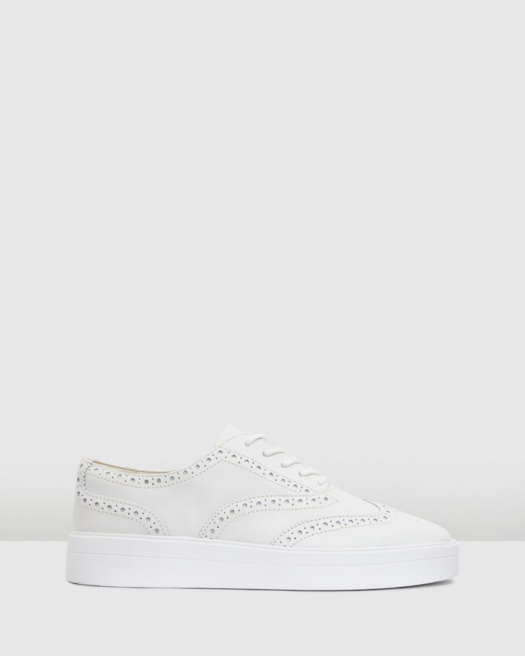 Clarks Hero Brogue Womens Casual Shoes White Leather