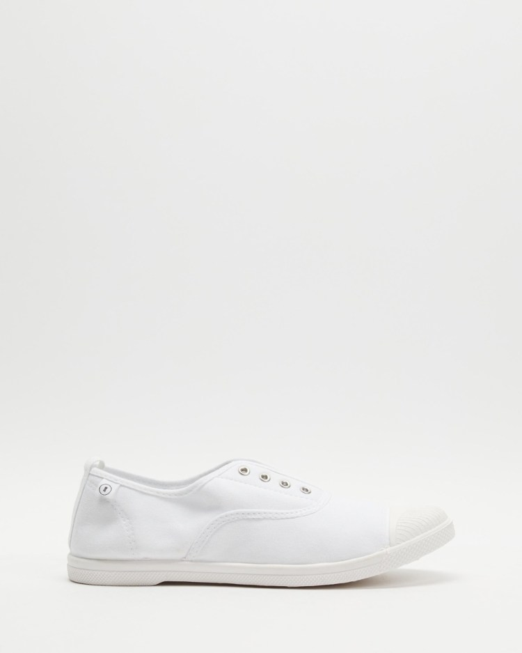 Walnut Melbourne Euro Canvas Plimsole Sneakers Slip-On White