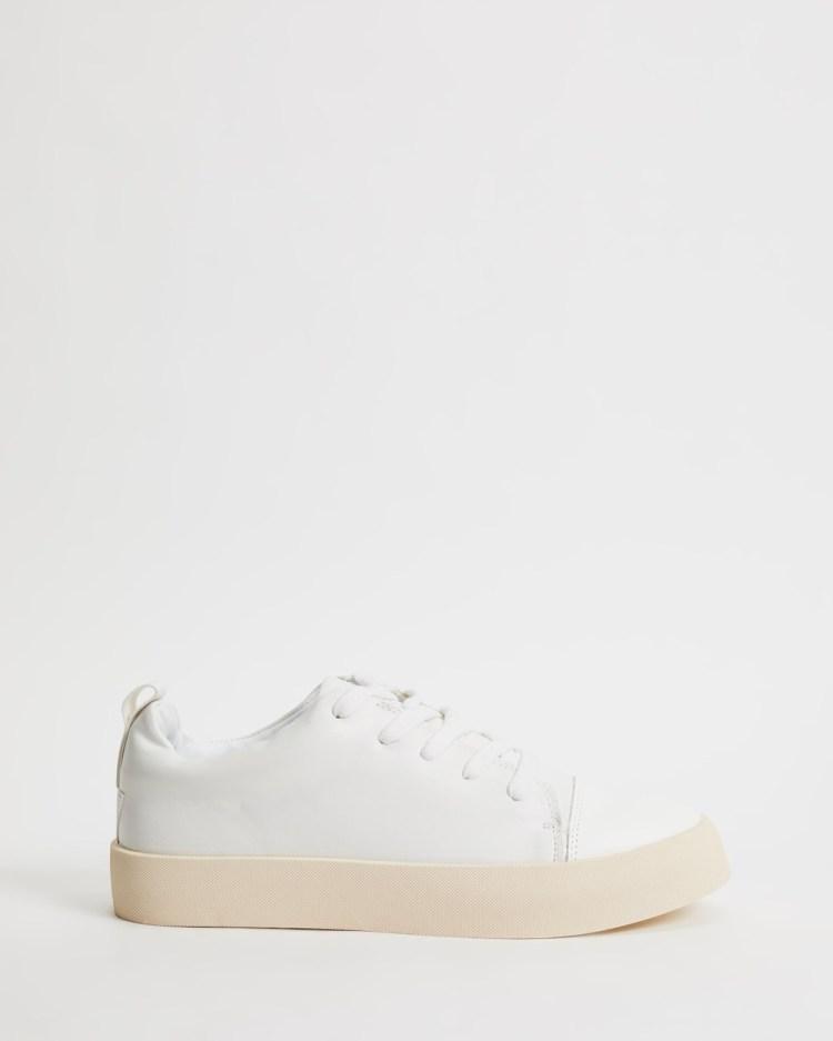 MATT & NAT Marci Sneakers White Silver Trim