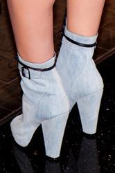 Leighton Meester leggy at Haze Nightclub - Hot Celebs Home