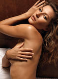 Gisele Bundchen posing nude on bed (covered with sheet) in photoshoot for GQ magazine - Hot Celebs Home