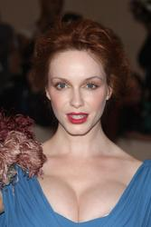 Christina Hendricks shows huge cleavage as she attends Metropolitan Museum of Art Costume Institute Gala - Hot Celebs Home