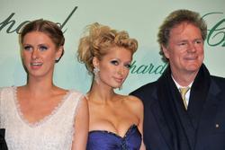 Paris and Nicky Hilton