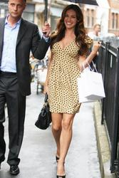 Kelly Brook leggy and cleavagy out and about shopping candids in 