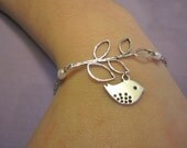 Bird and branch bracelet with pearls Adjustable