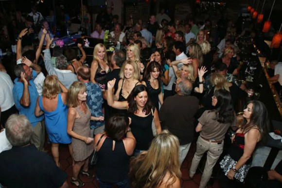 The Nest: Palm Springs Nightlife Review - 10Best Experts ...