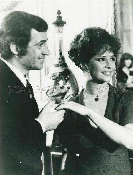 Jean-Paul Belmondo and Laura Antonelli