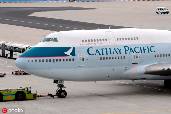 Airline grounds radical HK pilot after regulator's warning 2