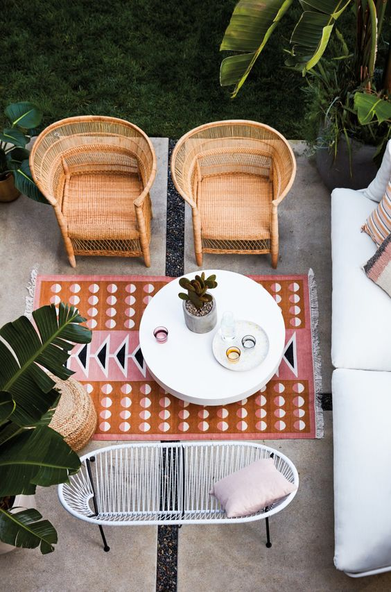 small space outdoor furniture to buy