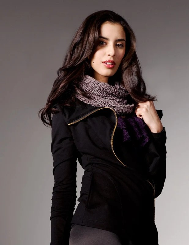 Long, asymmetrical black jacket with oversize collar, pocket and metal zip - Fall/Winter 2011/12 - Joan Jacket - ready to ship