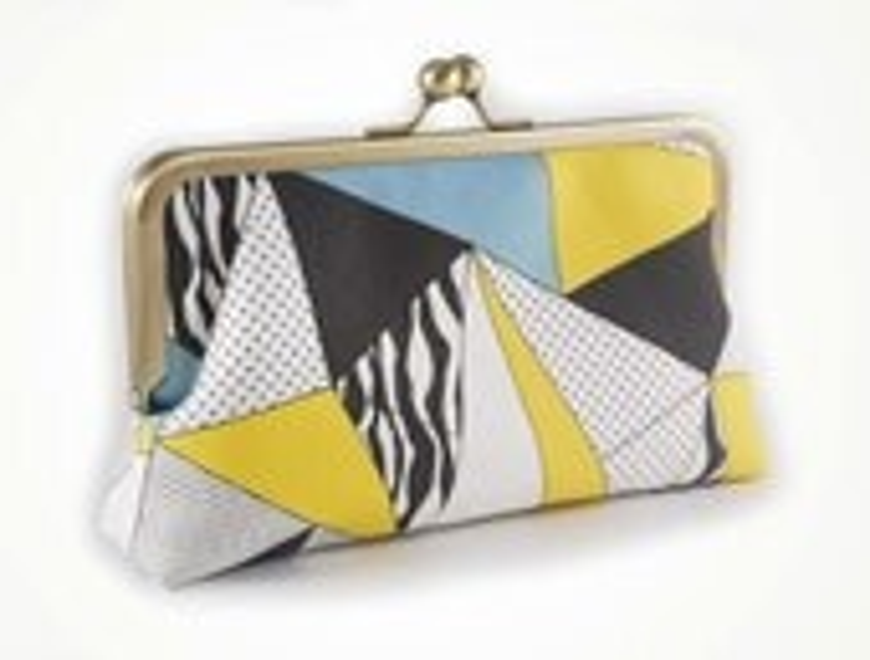 Geometric tribal clutch purse - sirtom