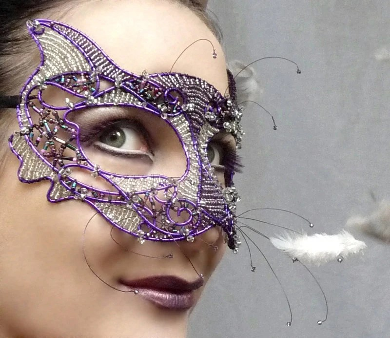 Cat masquerade mask, purple, ladies, handmade - gringrimaceandsqueak