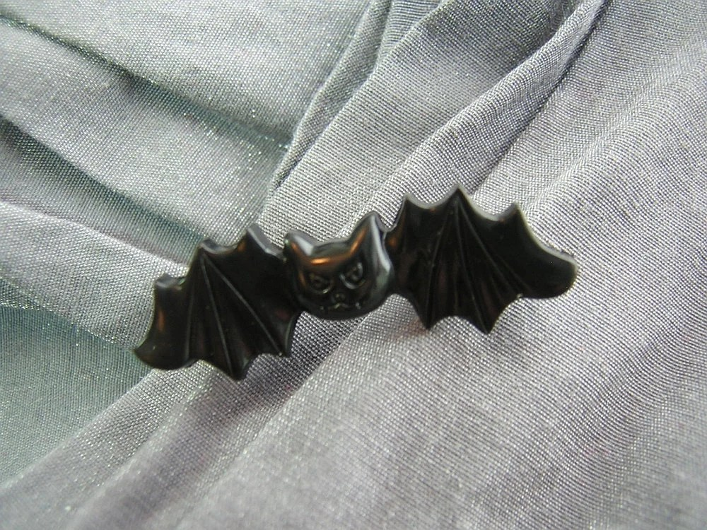 Cute Black Vampire Bat Pin - Handmade by Rewondered D225P-00005 - $5.95