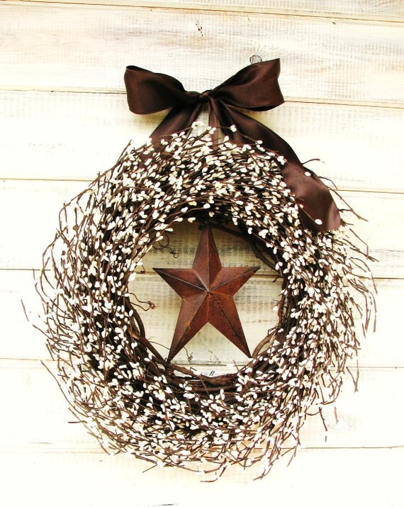 RUSTIC CHOCOLATE BROWN & Creamy Antique White Star Wreath-Fall Door Decor-Scented Sugar Cookie-Choose Scent and Ribbon - WildRidgeDesign