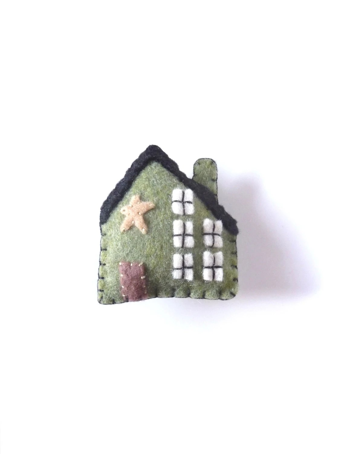 Green home magnet with star, style number one - WillowandQuail