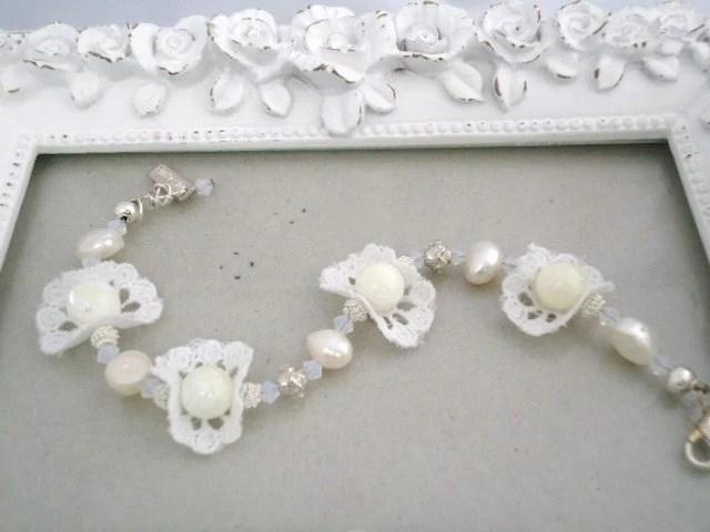 White pearl lace bridal bracelet