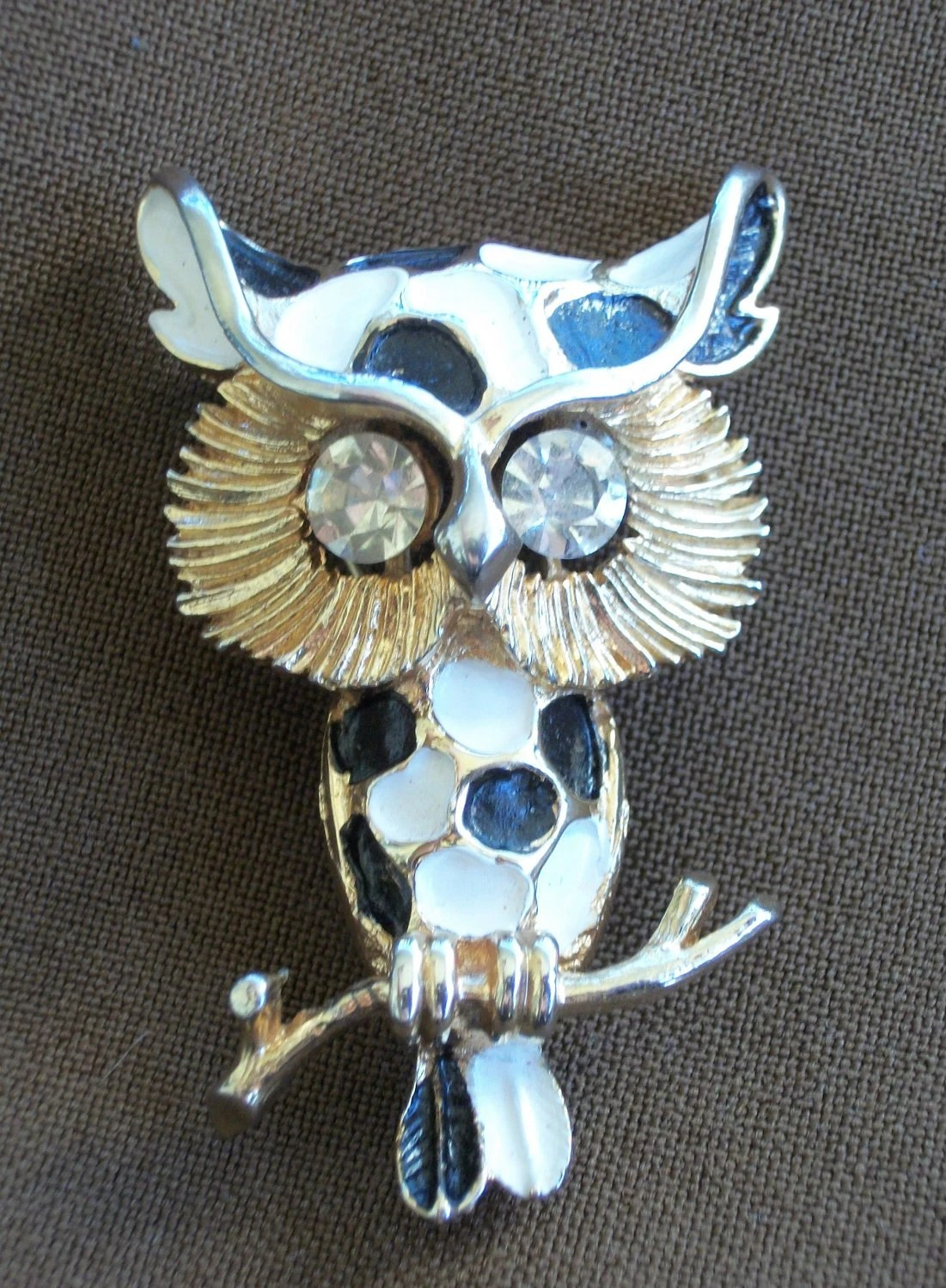 2 x Treasury - Retro Black and White Owl Brooch Was 12.00 Now 8.00
