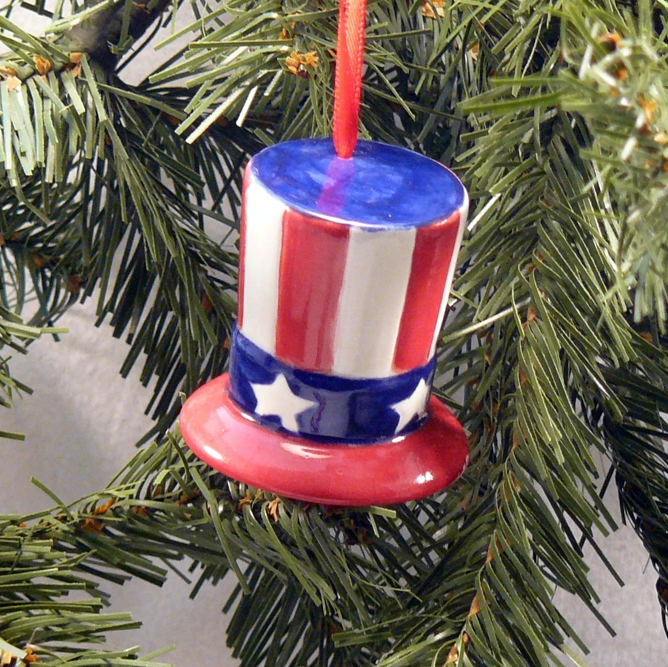 Ceramic Ornament Americana Hat - GrapeVineCeramicsGft