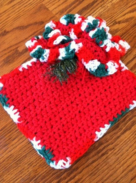 2 Pot holders / Hot pads AND a matching dishcloth - handmade red and multicolor
