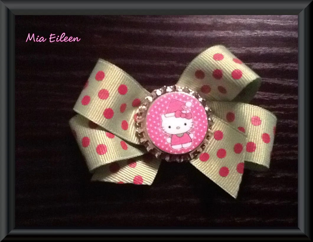 Hello Kitty Christmas Pink & Green Bottle Cap Hair Bow-Ready to Ship ON SALE