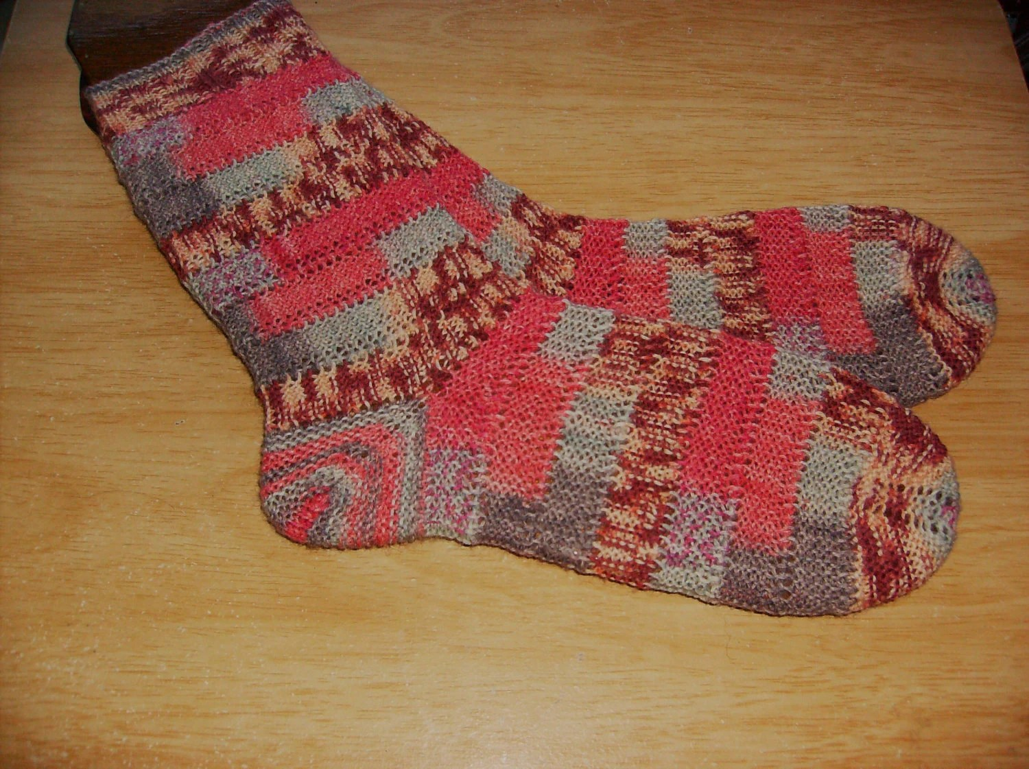 hand knit women's socks UK 4 - 5  US 5 - 6