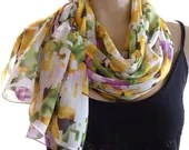 Feel the spring...Yellow,green and purple...Crinkled Chiffon.. Parisian Neck Tissu... - Textilemonster