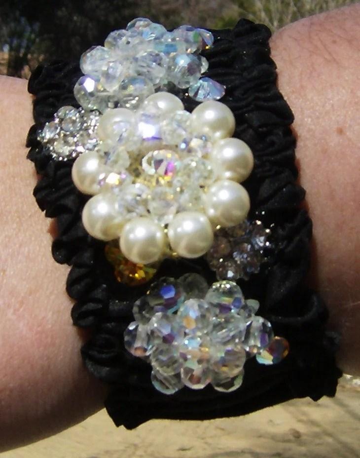 Black Vintage style earrings pearls crystals cuff bracelet